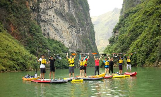 Meditours: Hà Giang - Chinh Phục Cao Nguyên Đá (Trekking - Kayaking 3N2D)
