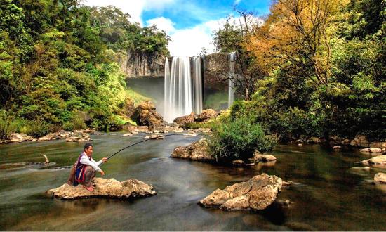 Meditours: Trekking - Chinh Phục Thác K50 Hang Én - KBT Kon Chư Răng