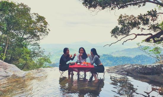 Meditours: Trekking - Chinh Phục  Thác Bay - Hồ Vô Cực - M'Drak